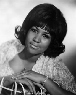 Addio ad Aretha Franklin, una delle grandi voci del Novecento