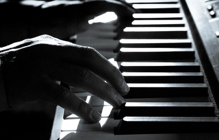 accompagnarsi al pianoforte