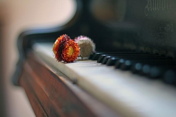 caduta libera pianoforte