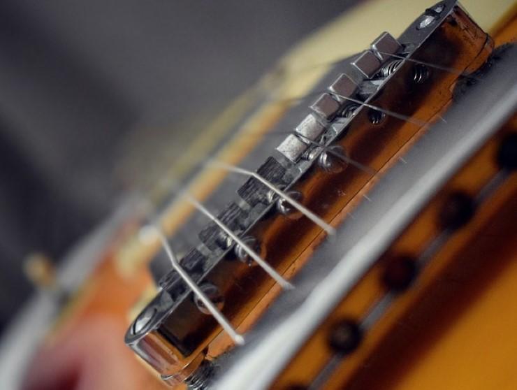 fa chitarra